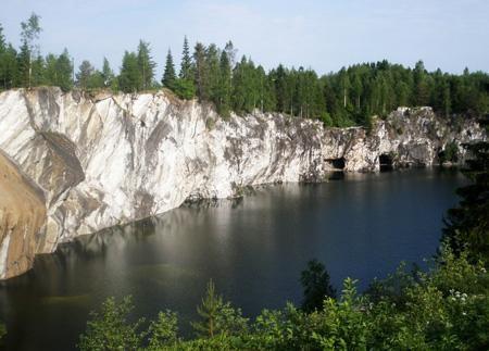 мраморное озеро - рускеала